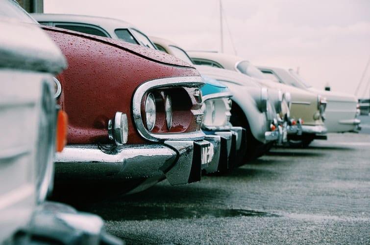 استيراد السيارات المستعملة