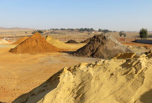 الرمل والزلط