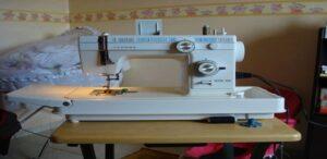 مشروع-تجارة-ماكينات-الخياطة-المستعملة