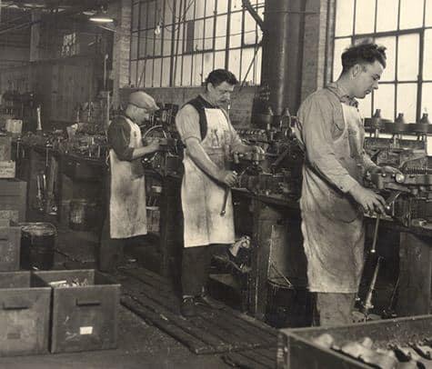 مصنع الانتاج