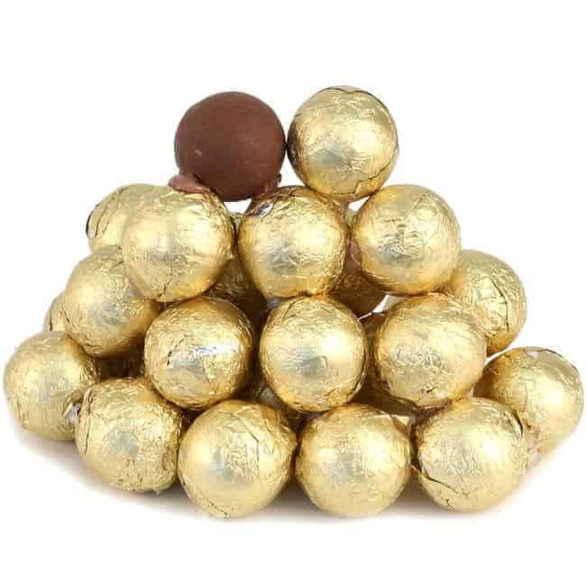 كرات الشوكولاته