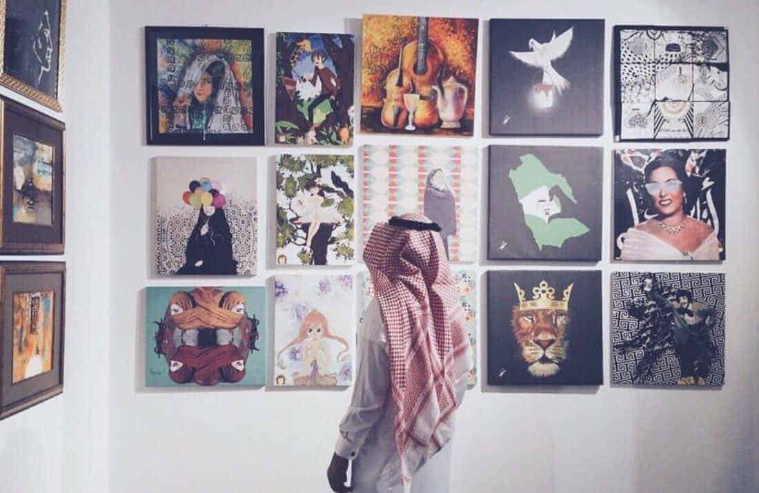 31683a805 وفيما يلى سوف نشرح بالتفصيل الخطوات الواجب اتخاذها لعمل معرض لوحات فنية :