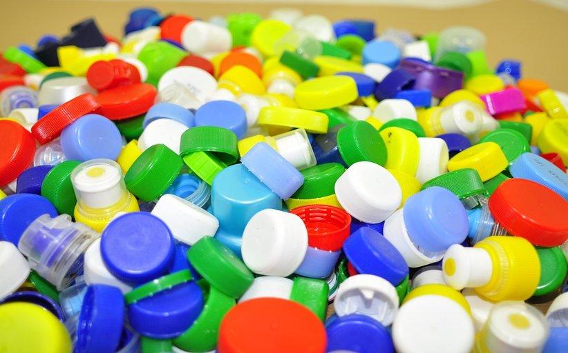 خط انتاج الاغطية البلاستيكية
