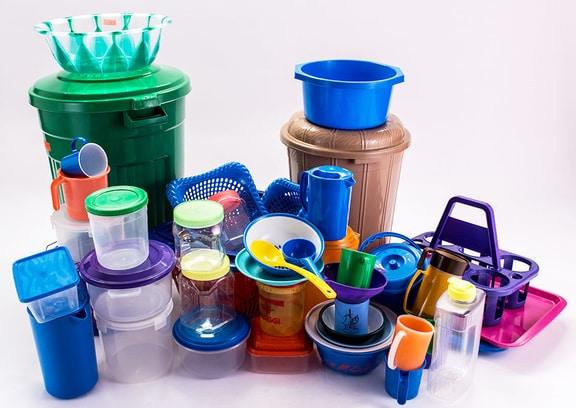 منتجات بلاستيكية