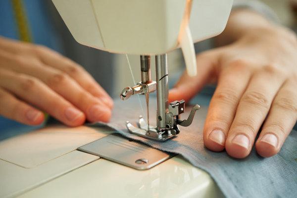 مشروع مشغل خياطة في البيت مع كيفية كسب أكبر عدد من العملاء مشاريع صغيرة