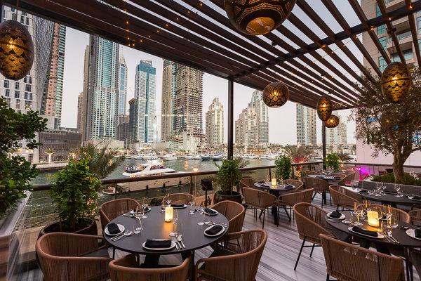 مطعم في دبي