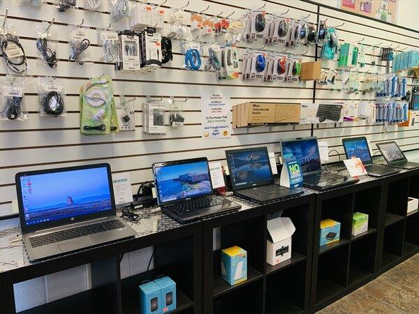 محل كمبيوتر